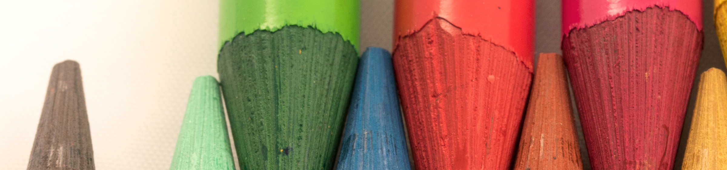 Different colours of crayons